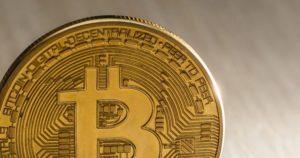 Macro-bitcoin-760x400