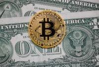 Cash, bitcoin