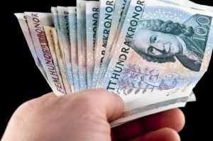 """""""Negative Interest"""" Is The Latest Government Scheme to Deter Saving"""